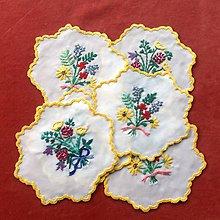 Úžitkový textil - Kytičky pod šáločky - 8805911_