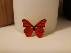 Galantéria - Gombík drevený motýľ 2,1 x (2,6 cm) - 8809823_