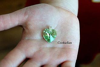 Náhrdelníky - Prívesok Swarovski Heart Peridot AB - 8806150_