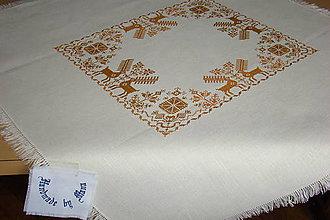 Úžitkový textil - Ručne vyšívaný ľanový obrus - 8812511_