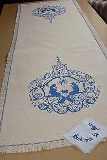 Úžitkový textil - Ručne vyšívaný  obrus /štola/ - 8812703_