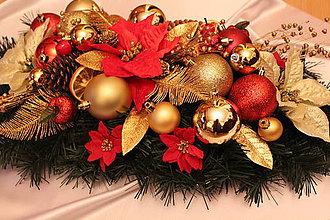 Dekorácie - Vianočná ikebana na stôl tradičná červeno-zlatá - 8816165_