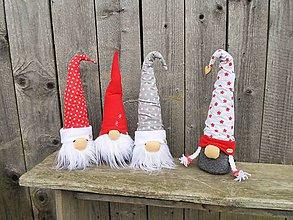 Dekorácie - Vianočný škriatok - 8816320_