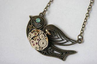 Náhrdelníky - Steampunkový náhrdelník Vtáčik - 8815779_