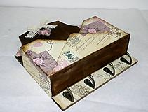 Krabičky - Listovník s háčikmi na kľúče - 8814604_