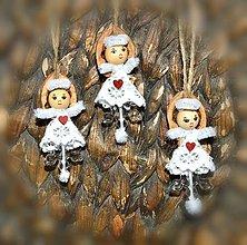 Dekorácie - Vianočné ozdoby - Anjelik v škrupinke - 8816731_