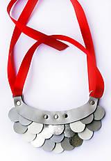 Náhrdelníky - Slzičkový kožený náhrdelník - 8819281_