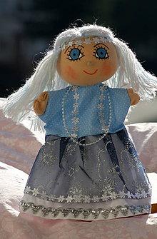 Hračky - Maňuška. Bábika Zinka, štvrtá víla zo série 4 ročné obdobia - 8820630_
