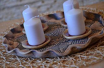 Dekorácie - Adventní svícen s krajkou IV. - 8819746_