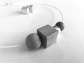Náhrdelníky - Betónový náhrdelník - Silver point - 8818936_