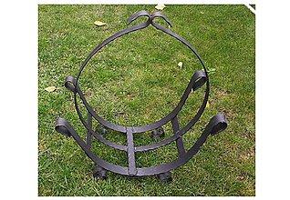 Košíky - Kovovy kôš na drevo ku kozubu - 8819485_
