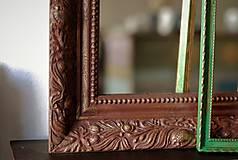 Zrkadlá - Zrkadlo s pozláteným vzorom - 8818111_