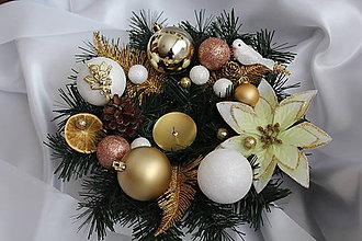 Svietidlá a sviečky - Vianočná ikebana bielo-zlatá - 8823902_