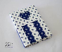 Papiernictvo - Obal na knihu kvetinkový so srdiečkom V. - 8827405_
