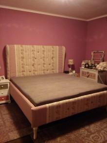 Nábytok - Čalúnená vidiecka posteľ - 8799657_