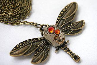 Náhrdelníky - Steampunkový náhrdelník Vážka - 8823842_