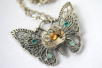 Náhrdelníky - Steampunkový náhrdelník Motýlik - 8823945_