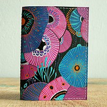 Peňaženky - Pink Flowers - kožená dokladovka/obal na cestovní pas - 8827702_
