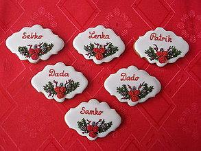 Dekorácie - medovníkové menovky na vianočný stôl - 8832318_