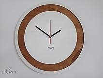Nástenné drevené hodiny Circle