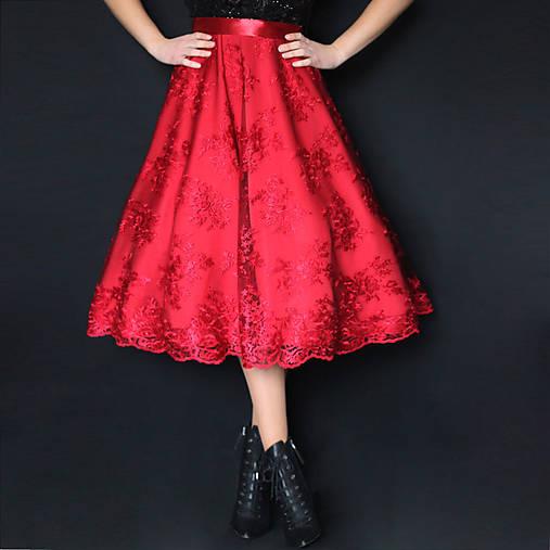 Spoločenská sukňa v midi dĺžke so spodničkou z tylovej krajky rôzne farby