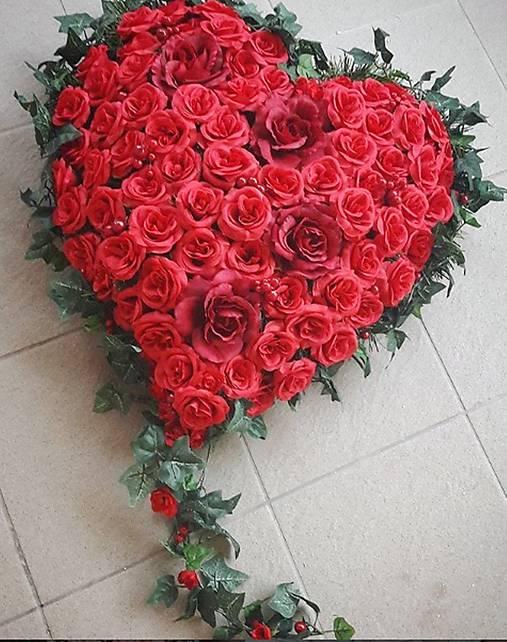 1eddc5b02 Smútočný veniec srdce / Liubov - SAShE.sk - Handmade Dekorácie