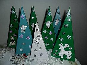 Dekorácie - Vianočné stromčeky. - 8837735_