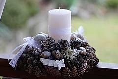 Dekorácie - Vianočný svietnik - 8835865_