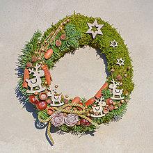 Dekorácie - Prírodný vianočný venček na dvere - 8834718_