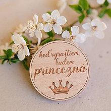 Odznaky/Brošne - princezná - brošňa (svetlá verzia 5cm) - 8834734_