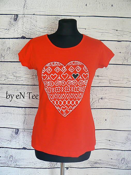 9db3e73b4a7c I ♥ Čičmany - dámske tričko (červené)   entee - SAShE.sk - Handmade ...