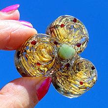 Dekorácie - Amulet vířivé Energie - Citrínový s Chryzoprasem a granátky - 8841737_