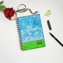 """Papiernictvo - Zápisník """"live"""" - modro-zelený s lúkou a motýľom - 8843215_"""