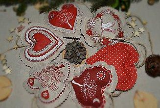 Dekorácie - Srdcia srdénkové (Srdcia srdénkové - vidiecke červené 20ks) - 8851268_