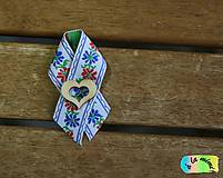 Pierka - Svadobné pierko Biele ľudové s prírodným srdiečkom s výrezom - 8848107_