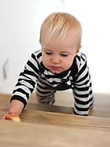 Detské oblečenie - detský overal s tabuľou na brušku - 8848815_