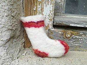 Dekorácie - Bieločervená mikulášska ponožka - 8847966_