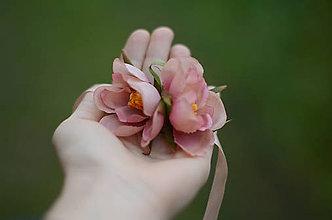 Opasky - Vôňa divých ruží - 8848203_