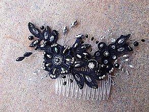 Ozdoby do vlasov - hrebienok čierna čipka - strieborný + dúhový - 8852758_
