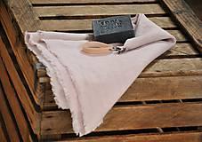 ľanový uterák s odnímateľným koženým pútkom (sivoružový)