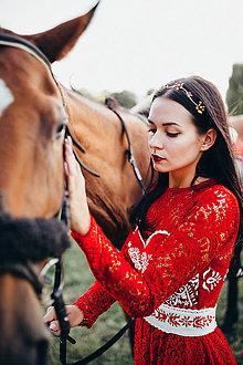 Ozdoby do vlasov - Jednoradová mosadzná čelenka s bordovými kvetmi-Slavianka - 8859410_
