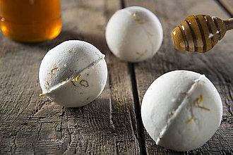 Drogéria - Šumivá bomba do kúpeľa - med s nechtíkom lekárskym - 8859065_