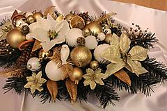 Vianočná ikebana na stôl tradičná bielo-zlatá