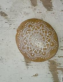 Kresby - Medový s bielou kresbou - Na kameni maľované - 8859245_