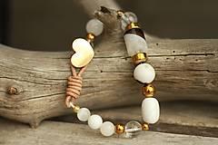 - Boho náramok z minerálov jadeit, krištáľ, magnezit, achát, hematit - 8861704_