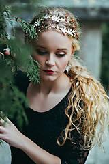 - Jedinečná dvojradová čelenka so svetlými kvetmi a červeným achátom - Slavianka - 8866565_
