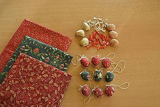 Dekorácie - Oriešky- farba vianoc - 8864647_
