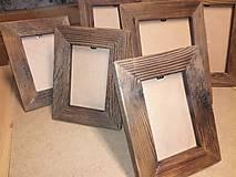 Rámik na fotky so starého dreva