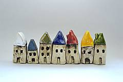 Dekorácie - Domček z dedinky v údolí - 8863600_