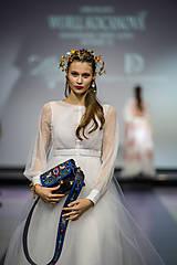 Náušnice - Mosadzné dlhé náušnice s farebnými kvetmi - Slavianka - 8869407_
